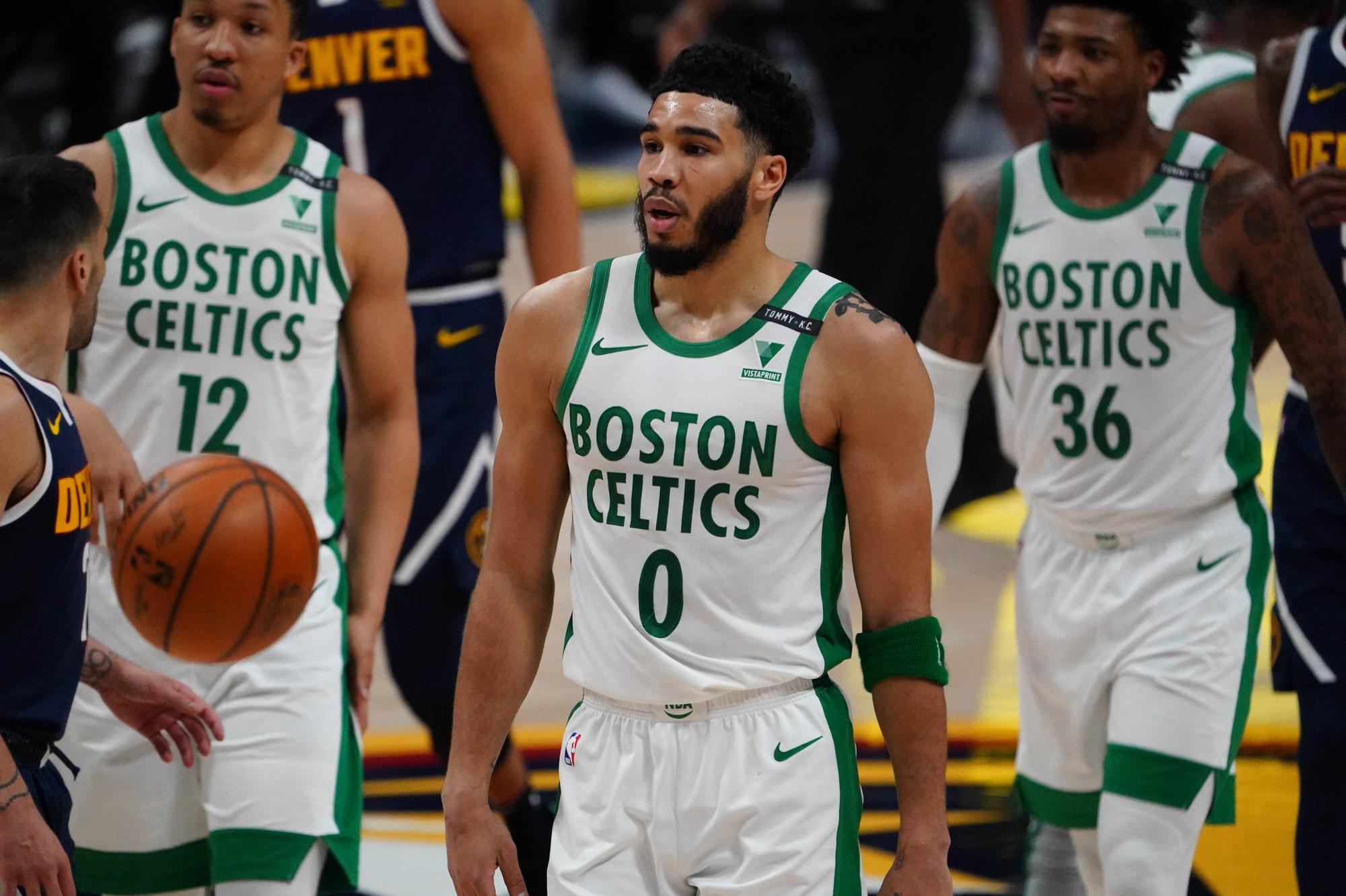Ngỡ ngàng trước thân phận vị hôn phu của tân HLV trưởng Boston Celtics - Ảnh 9.