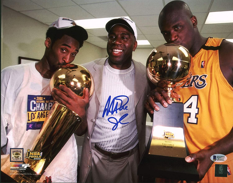 Thua tan tác Phoenix Suns, fan cứng Los Angeles Lakers quay sang cổ vũ đối thủ - Ảnh 3.