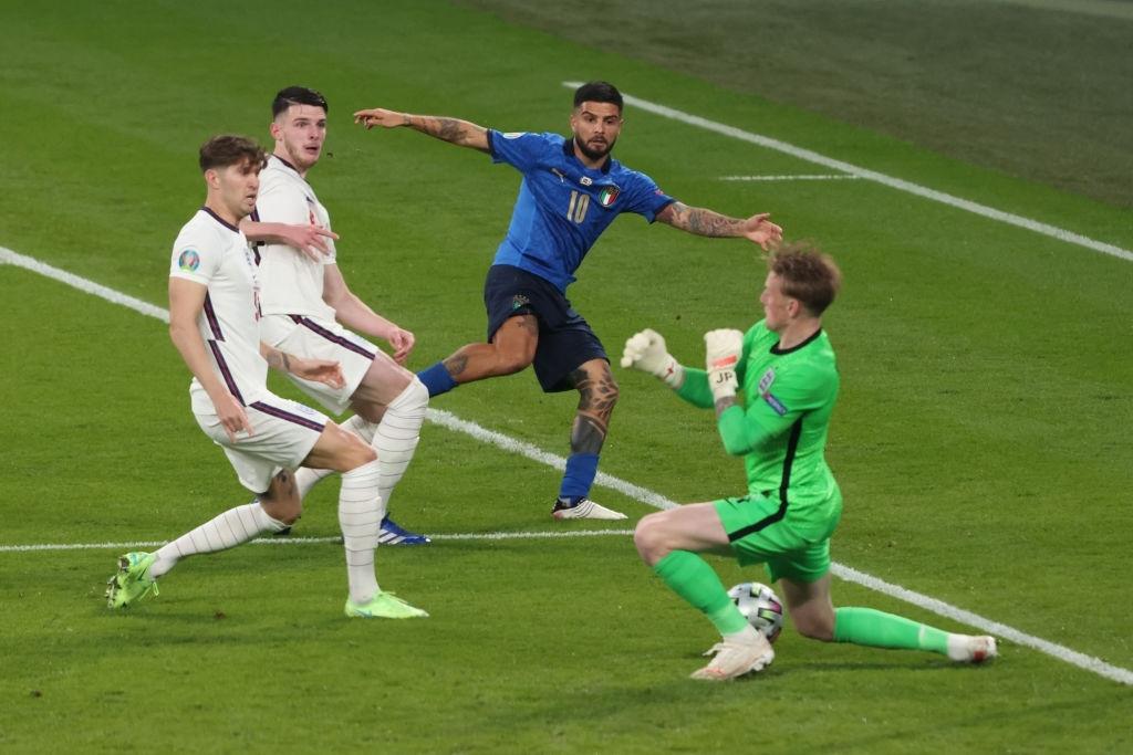 """Chấm điểm cầu thủ Italy vs Anh: """"Siêu nhân"""" mang tên Gianluigi Donnarumma - Ảnh 10."""