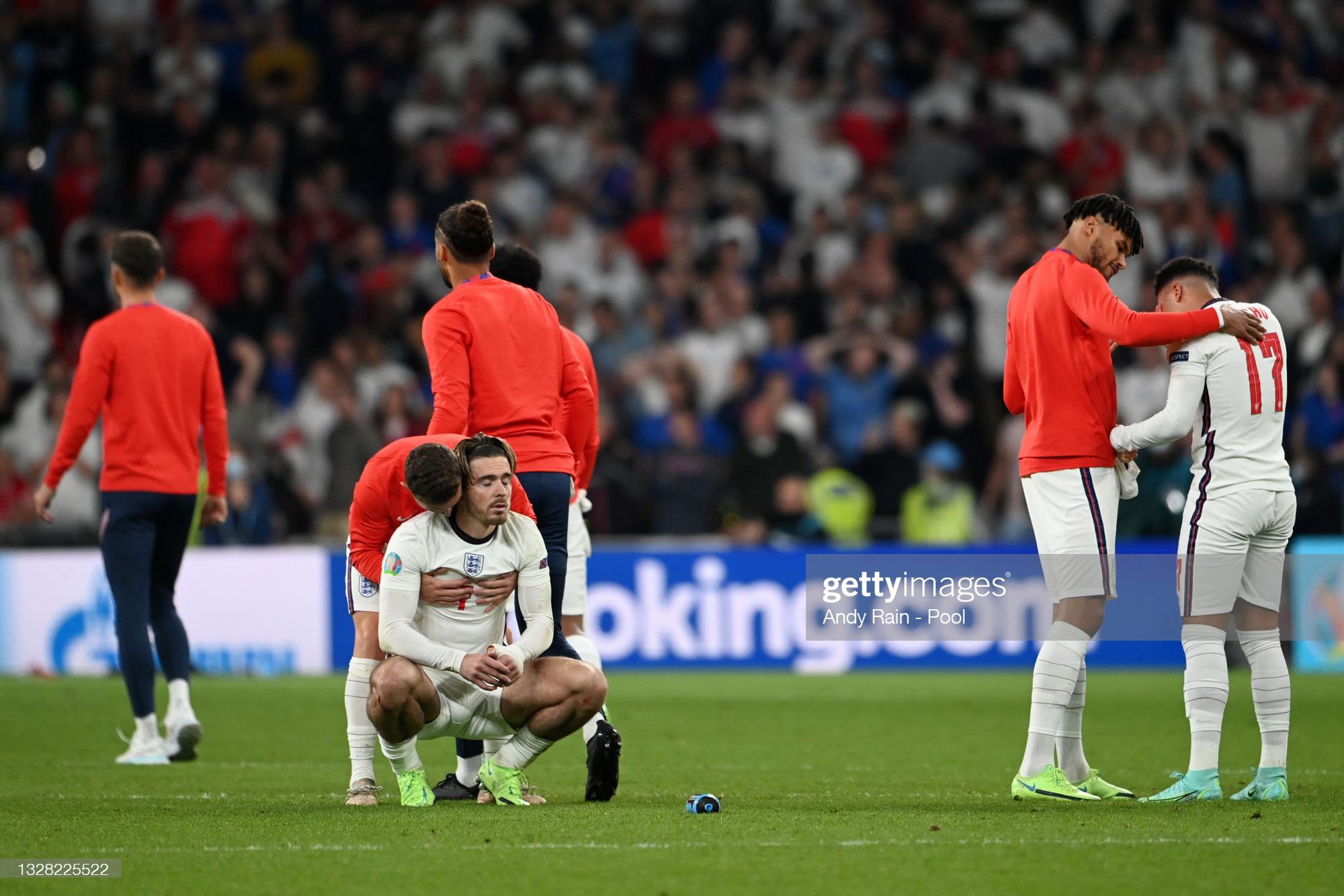 """Roy Keane đá xoáy Jack Grealish và Raheem Sterling """"hèn nhát"""" - Ảnh 3."""