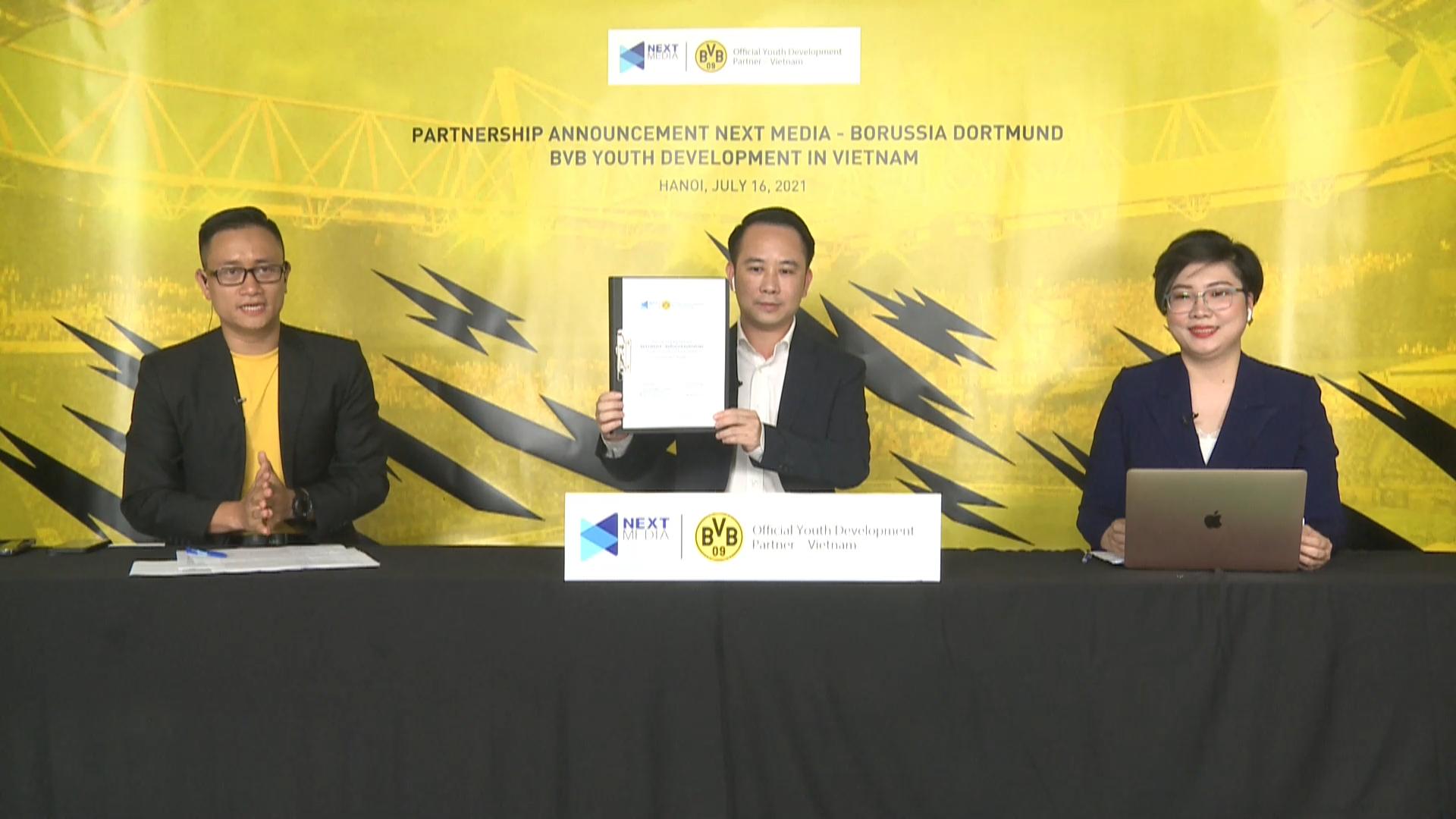 Borussia Dortmund ra mắt học viện bóng đá lớn nhất châu Á tại Việt Nam - Ảnh 2.