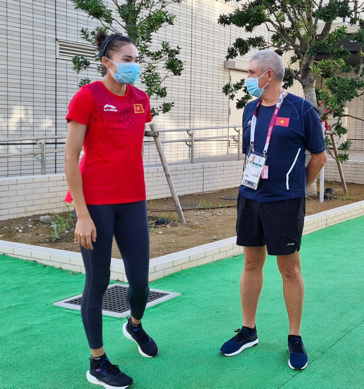 VĐV Việt Nam tập luyện từ sáng sớm, hợp với đồ ăn ở Olympic Tokyo - Ảnh 1.
