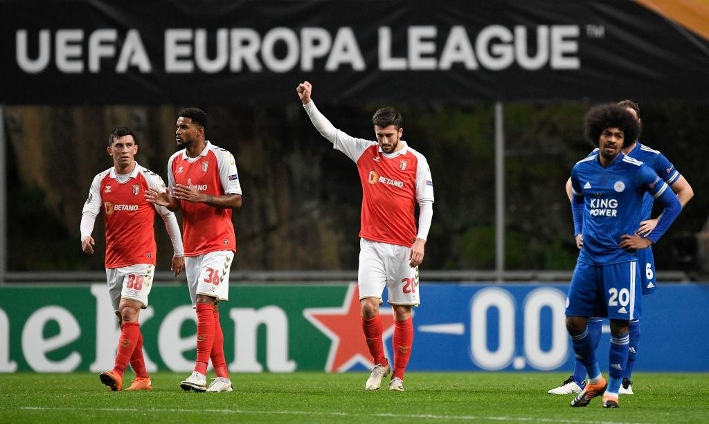 Ngắm nhìn vẻ đẹp của 10 bàn thắng đẹp nhất châu Âu do UEFA bình chọn - Ảnh 10.