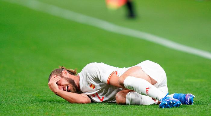 2 trụ cột của Olympic Tây Ban Nha phải nghỉ thi đấu hết vòng bảng - Ảnh 2.