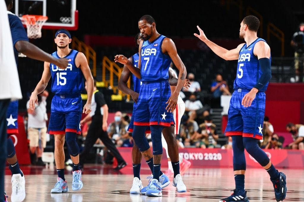 """Kevin Durant """"đi tắm sớm"""", đội tuyển Mỹ thất bại ngay trận mở màn ở Olympic Tokyo 2020 - Ảnh 3."""