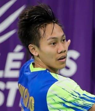 Nguyễn Tiến Minh chính thức chia tay Olympic Tokyo khi không thể giành chiến thắng trước tay vợt trẻ hơn 15 tuổi  - Ảnh 2.