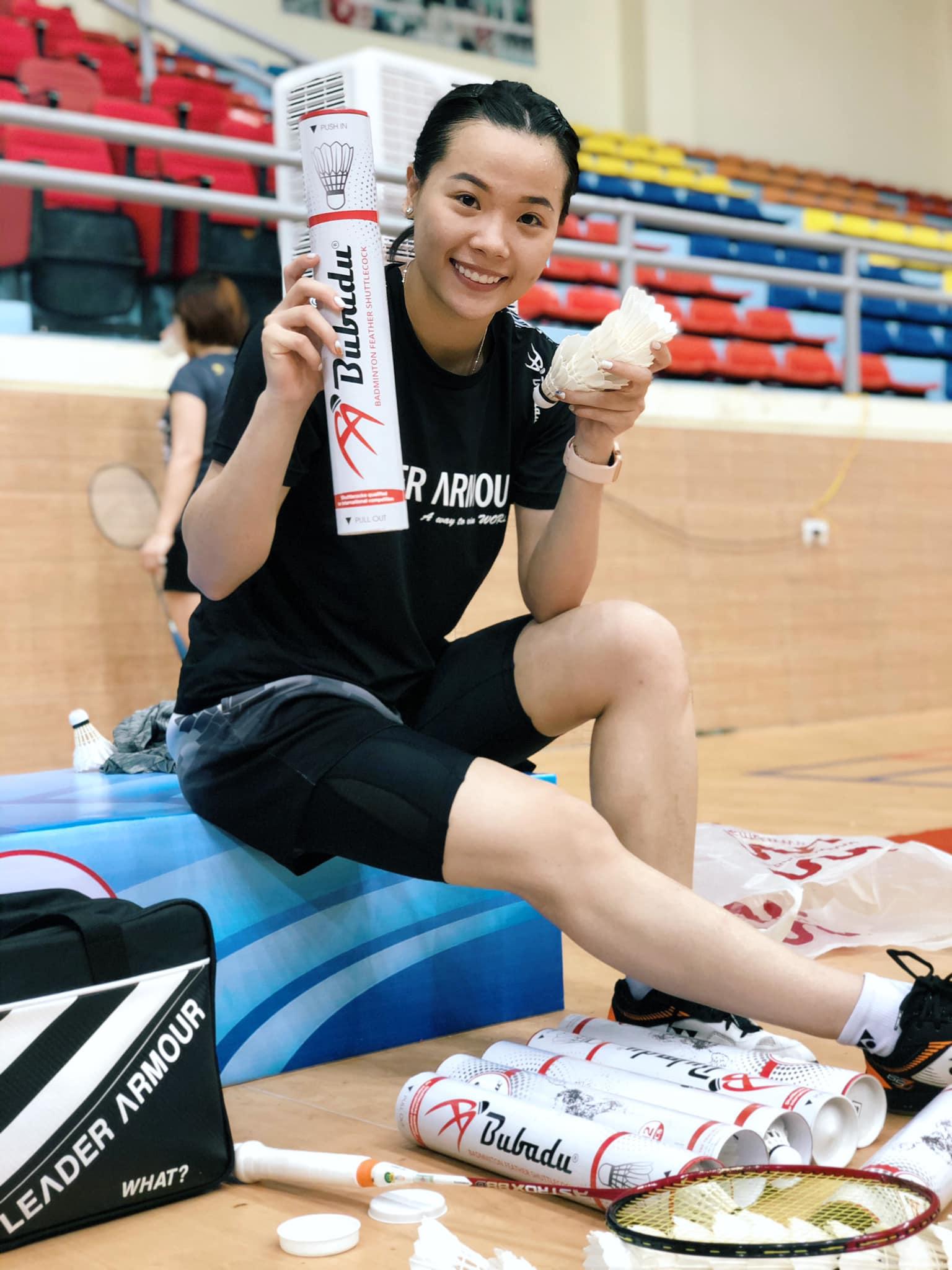 Những điều chưa biết về hotgirl cầu lông gây bão Nguyễn Thùy Linh - Ảnh 2.