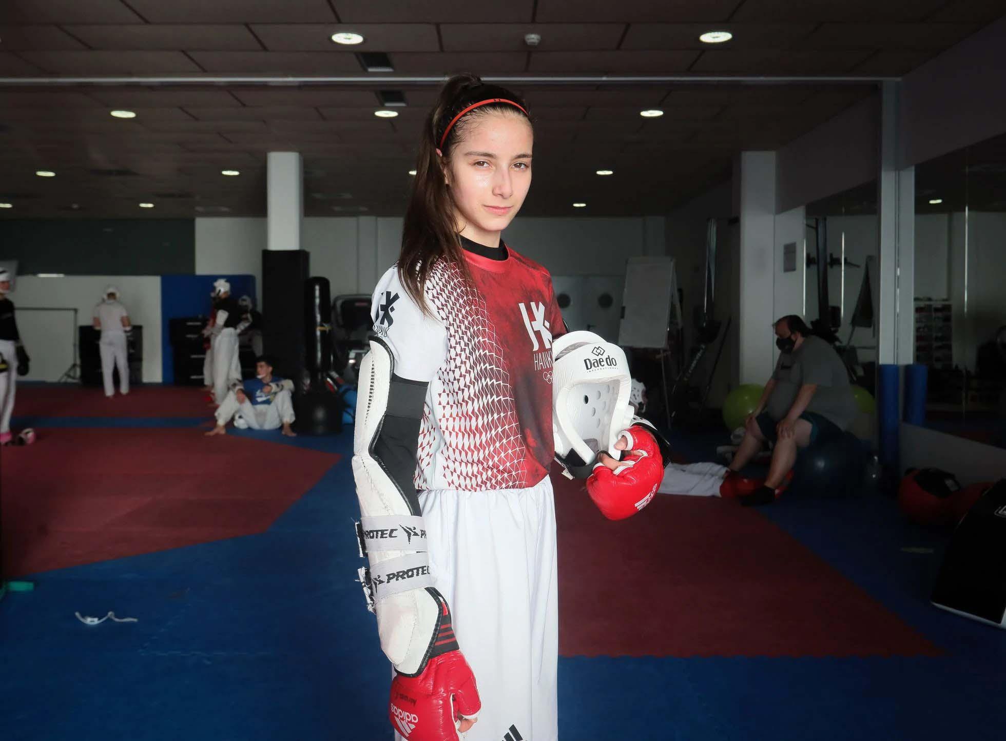 Adriana Cerezo và cuộc hành trình tuyệt vời của nữ VĐV Taekwondo 17 tuổi tại Olympic - Ảnh 3.