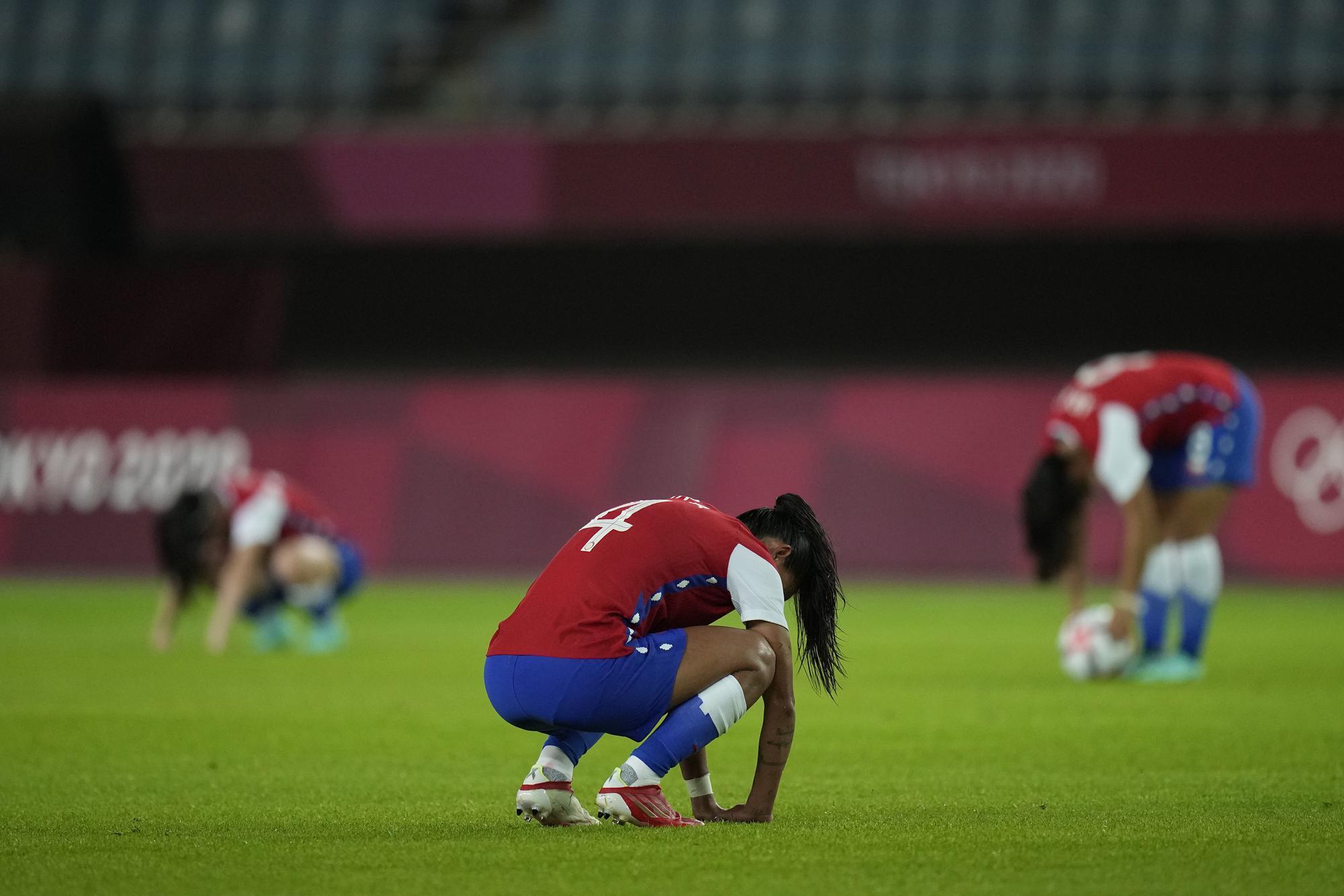 """Những hình ảnh """"trào nước mắt"""" của người chiến thắng, kẻ chiến bại tại Olympic Tokyo 2020 - Ảnh 12."""