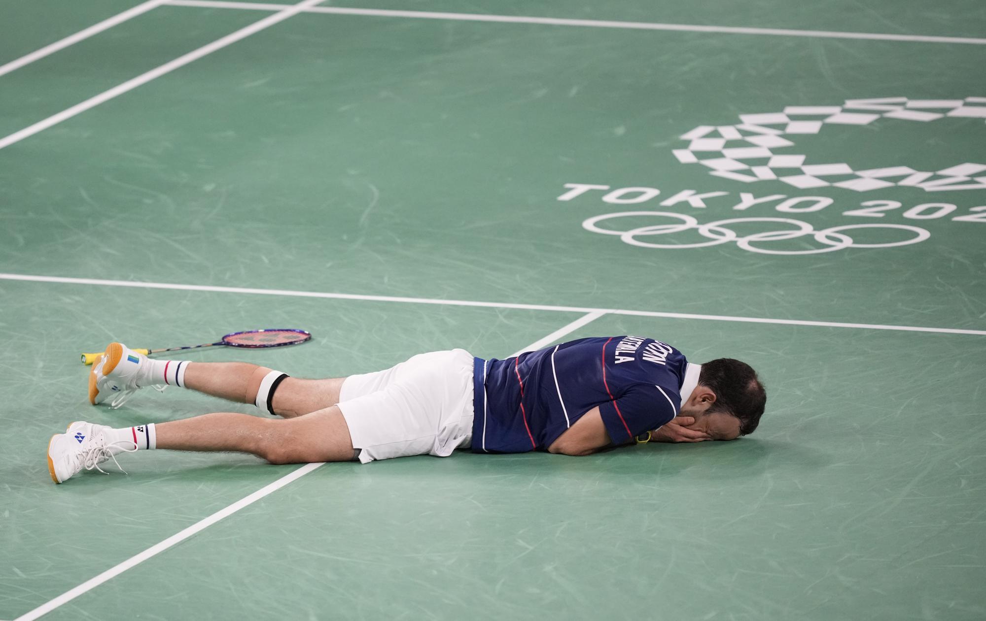 """Những hình ảnh """"trào nước mắt"""" của người chiến thắng, kẻ chiến bại tại Olympic Tokyo 2020 - Ảnh 7."""