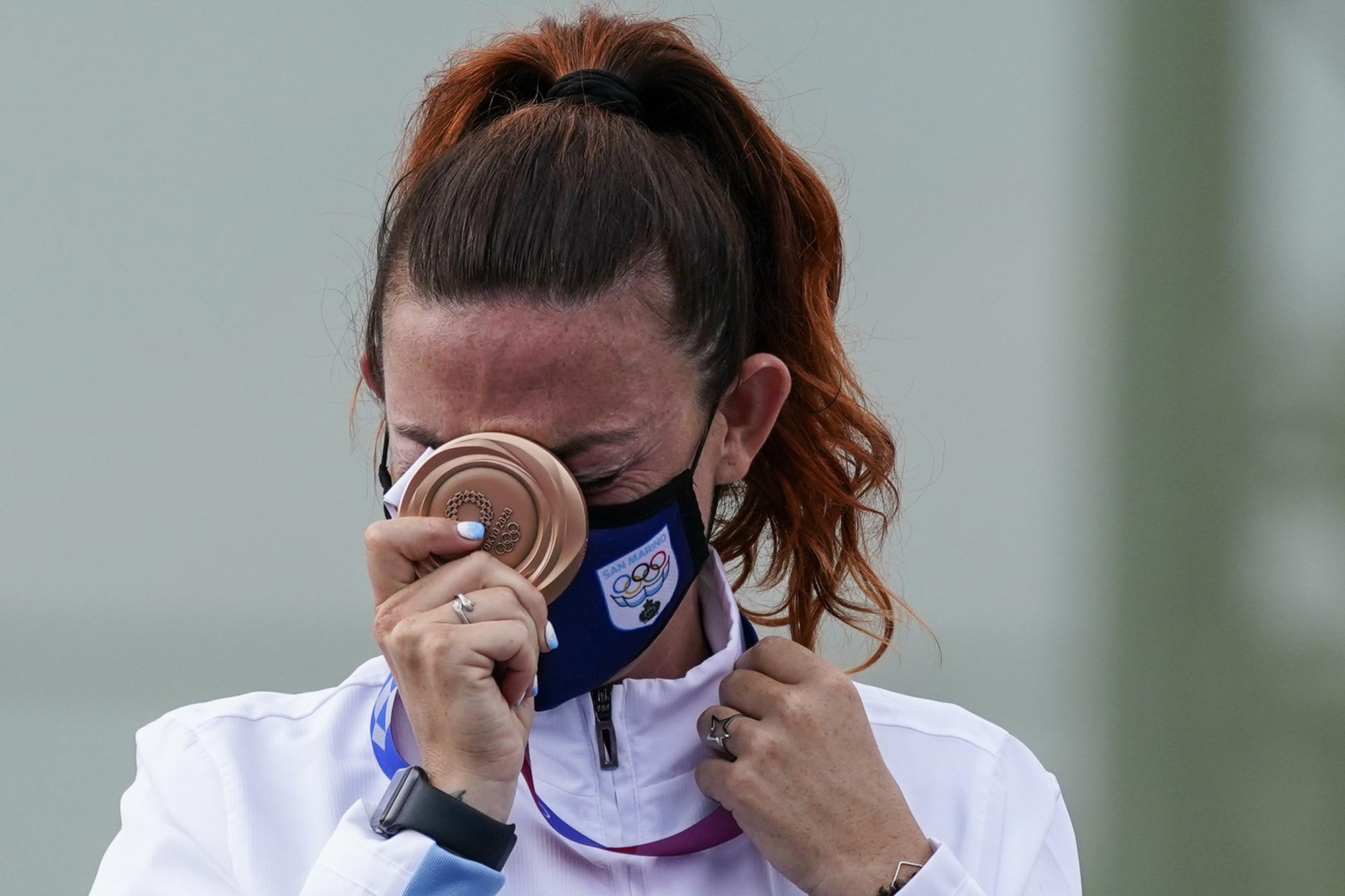 """Những hình ảnh """"trào nước mắt"""" của người chiến thắng, kẻ chiến bại tại Olympic Tokyo 2020 - Ảnh 8."""