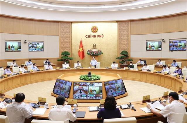 Thủ tướng Phạm Minh Chính: Cần có nhận thức và giải pháp mới trong chống dịch COVID-19 - Ảnh 2.