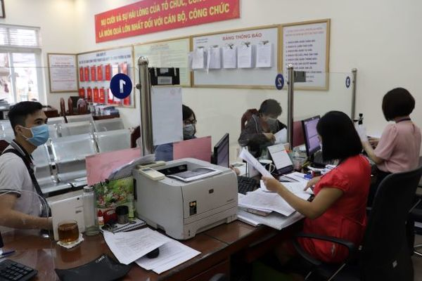 Hà Nội: Xây dựng chính quyền phục vụ lấy người dân và doanh nghiệp là trọng tâm - Ảnh 1.
