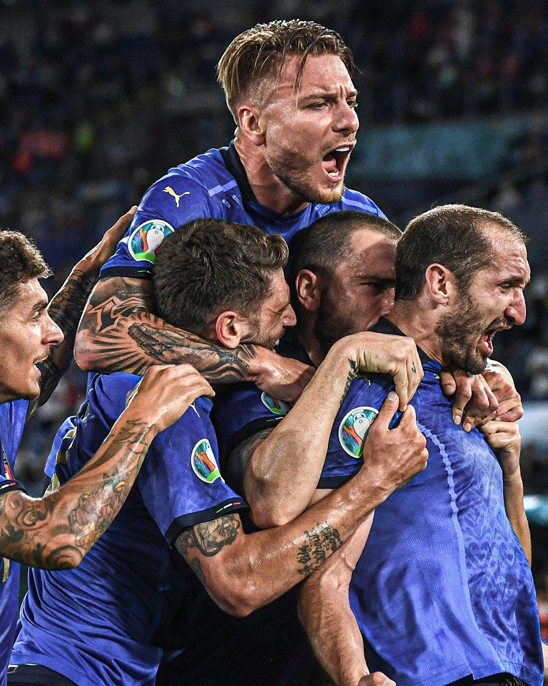 Italy trở lại với đỉnh cao của bản đồ bóng đá thế giới - Ảnh 1.