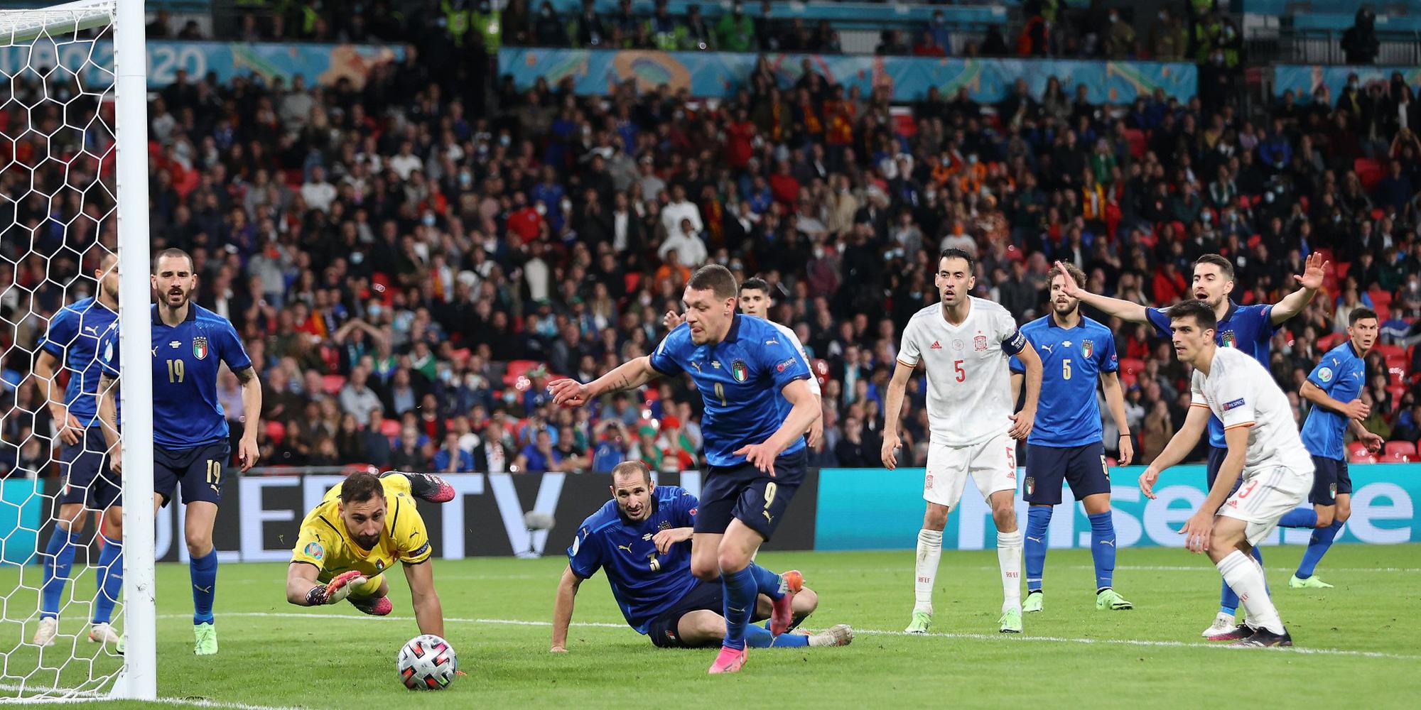 Italy trở lại với đỉnh cao của bản đồ bóng đá thế giới - Ảnh 3.