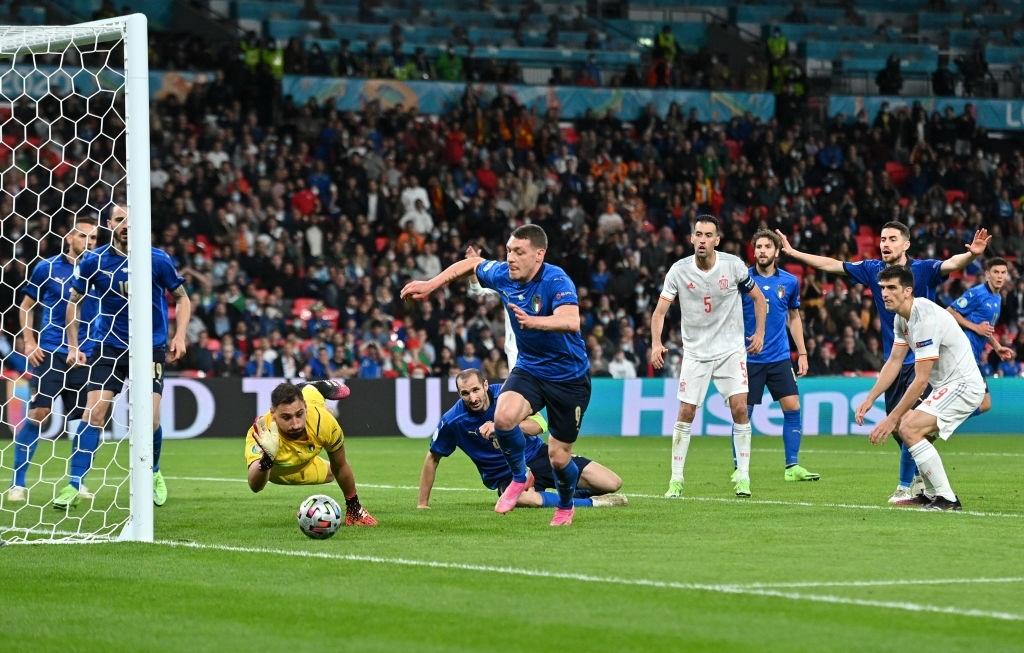 Hạ Tây Ban Nha trên chấm luân lưu, Italy vào chung kết Euro 2020 - Ảnh 8.
