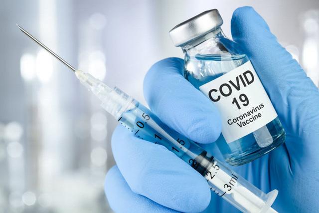 Người cung cấp dịch vụ du lịch, các chức sắc tôn giáo là những đối tượng ưu tiên trong chiến dịch tiêm chủng vaccine mới - Ảnh 1.