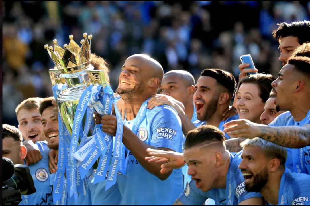 Đội hình 11 đội trưởng xuất sắc nhất mọi thời đại của Ngoại hạng Anh do cổ động viên bình chọn - Ảnh 2.