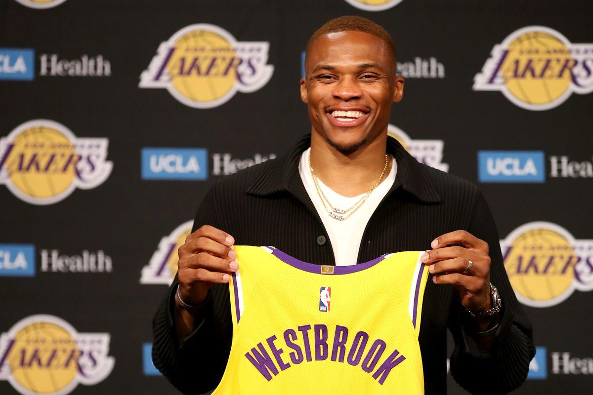 Russell Westbrook chính thức cập bến, Los Angeles Lakers sẽ chơi như thế nào ở mùa giải mới? - Ảnh 1.