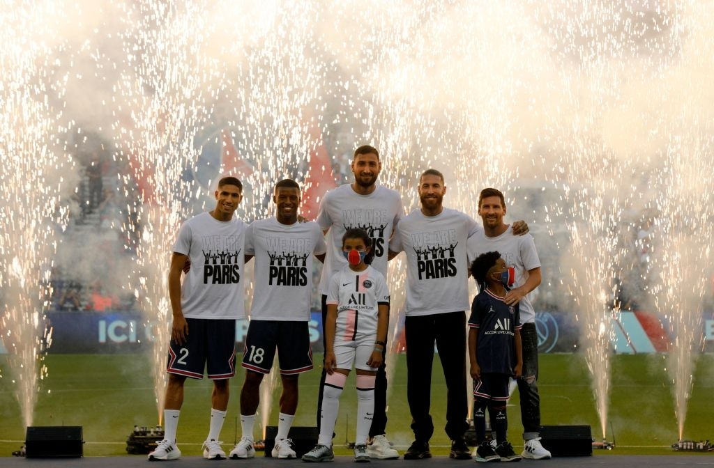 Messi and rookies greet the PSG audience in the first match at home - Photo 10.