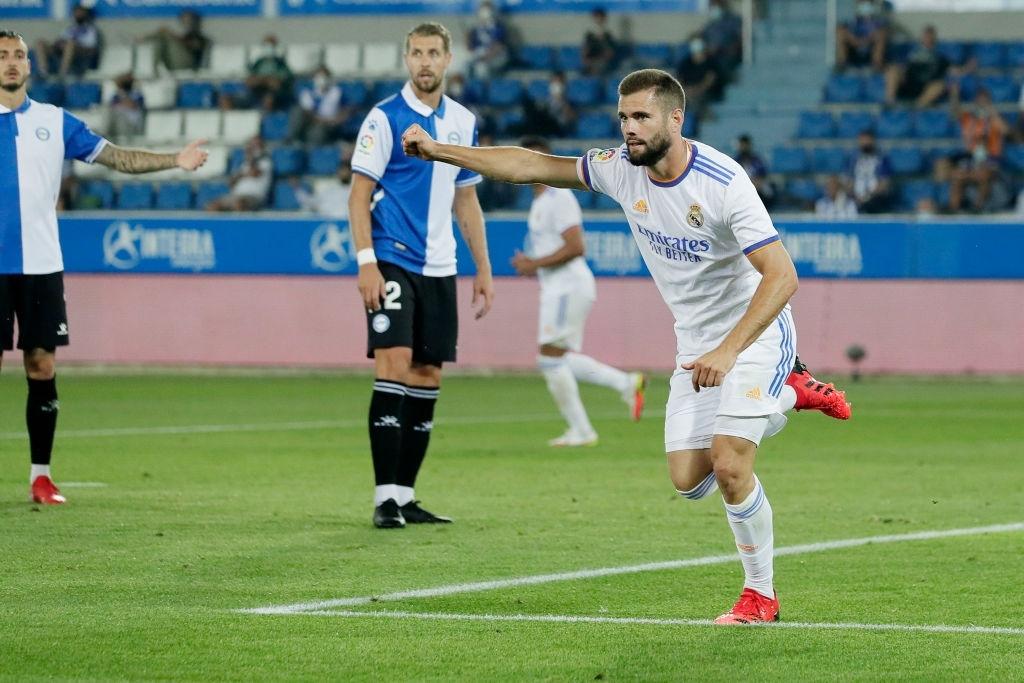 Benzema lập cú đúp, Real Madrid thắng dễ Alaves 4-1 trong ngày khai màn La Liga - Ảnh 5.