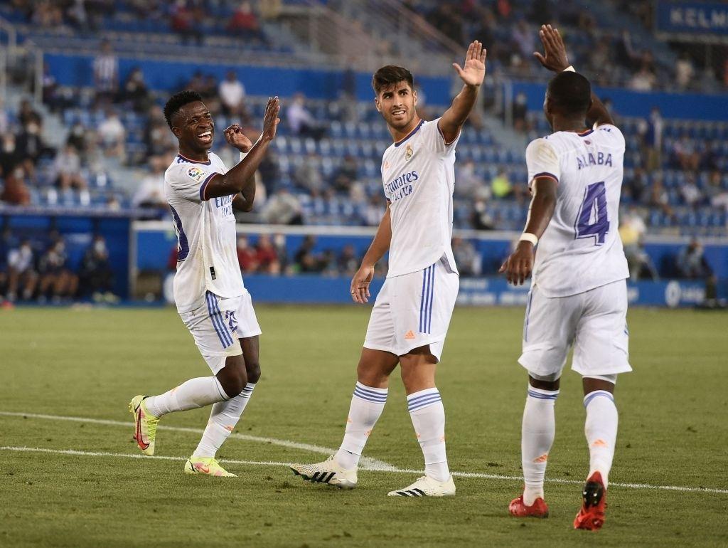 Benzema lập cú đúp, Real Madrid thắng dễ Alaves 4-1 trong ngày khai màn La Liga - Ảnh 8.