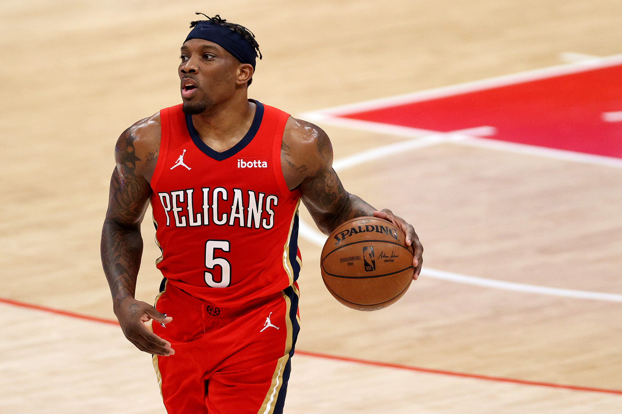 The Los Angeles Clippers stirred up the transfer market with the Eric Bledsoe deal - Photo 1.