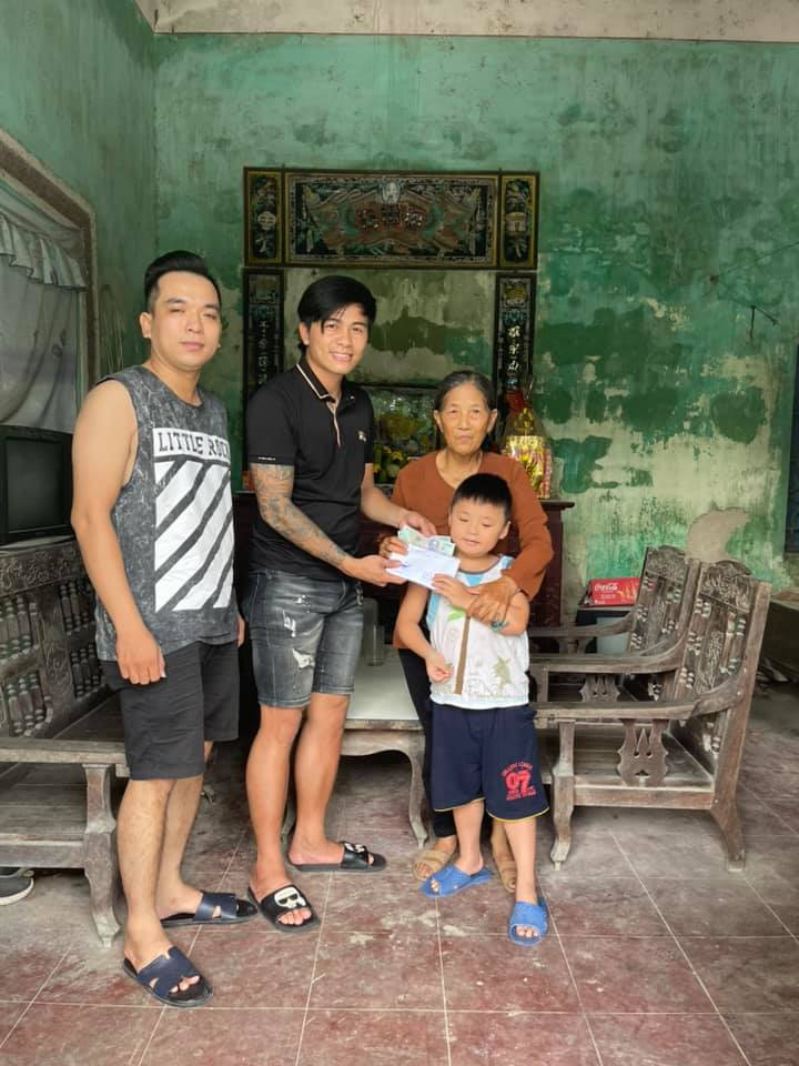 Những tấm lòng nhân ái của cầu thủ Việt Nam giữa mùa dịch bệnh - Ảnh 5.