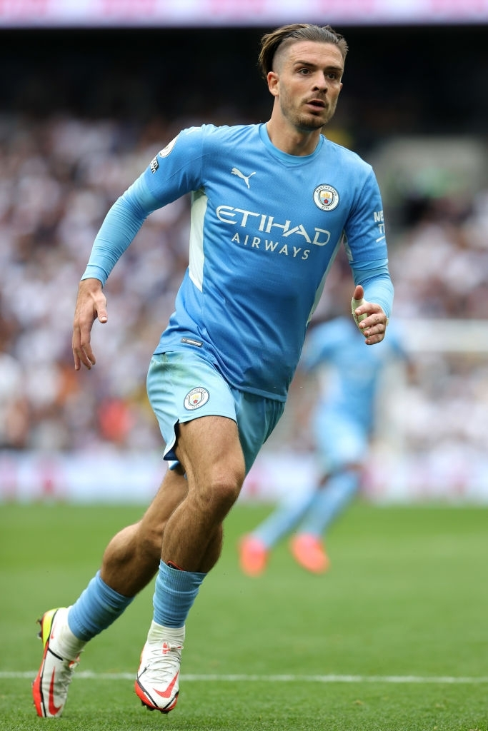 Jack Grealish - the player with the biggest calves in the football world - Photo 2.