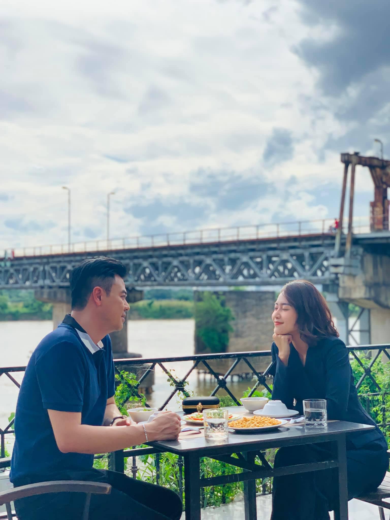 11 tháng 5 ngày: Xem lại loạt ảnh đẹp đưa tiễn cuộc tình Nhi - Thuận, Tuấn Tú hé lộ còn quay trở lại chưa hết vai - Ảnh 5.