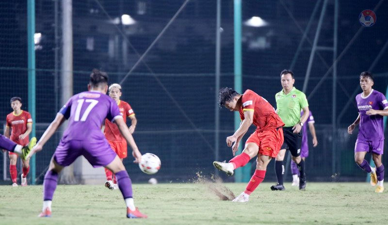 Vietnam team friendly with U22: The rookie's chance to score points - Photo 1.