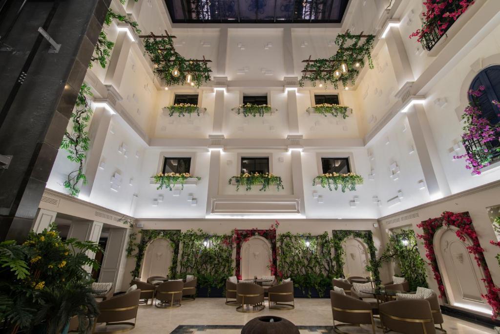 Đội tuyển Việt Nam ở khách sạn 4 sao tại Saudi Arabia, cách địa điểm thi đấu 7 phút đi ô tô - Ảnh 4.