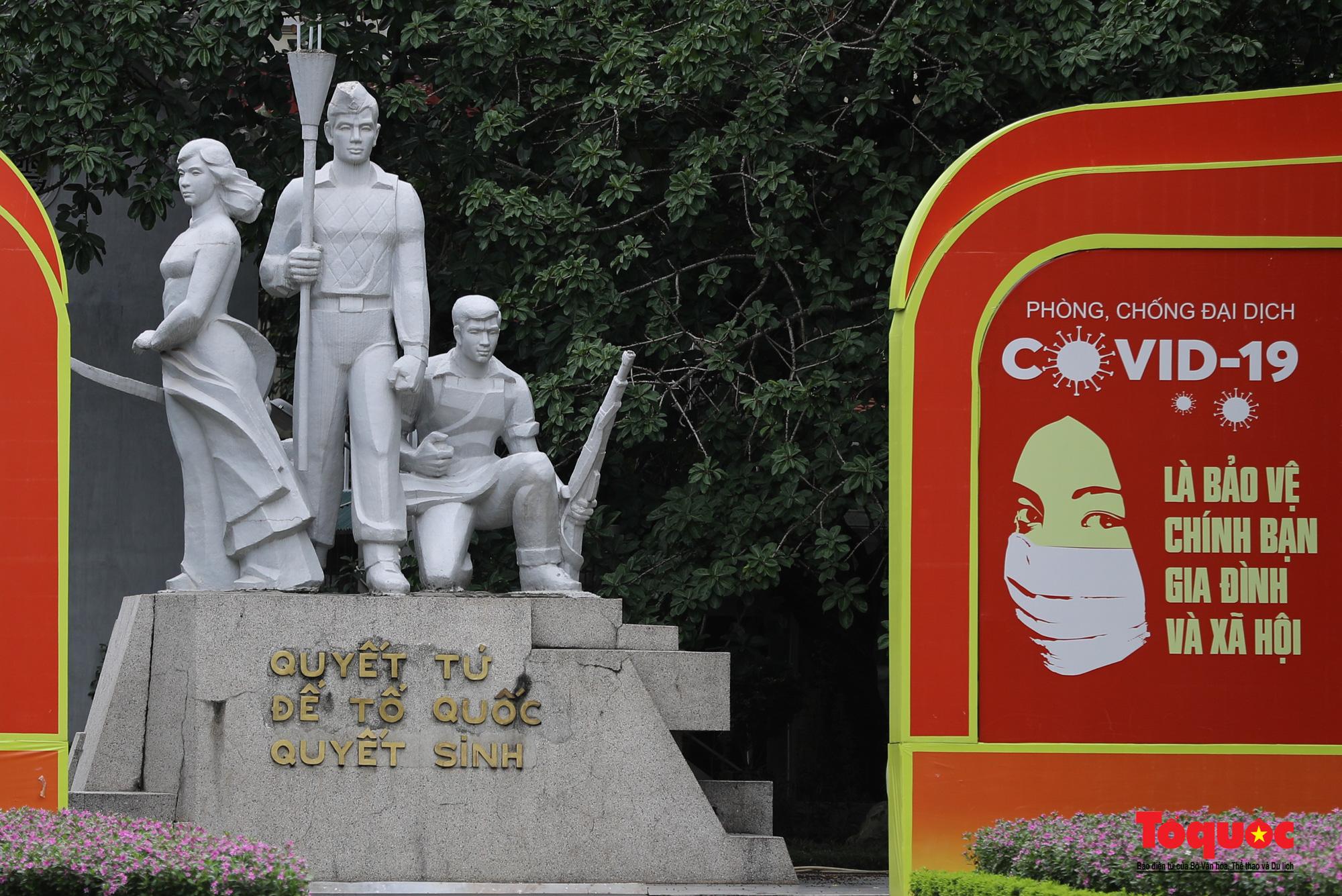 Pano, hình ảnh cổ động phòng chống dịch COVID-19 trên khắp đường phố Hà Nội - Ảnh 11.