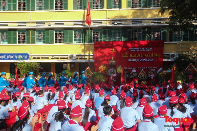 Học sinh cả nước khai giảng năm học mới 2021-2022 vào ngày 5/9 - Ảnh 1.