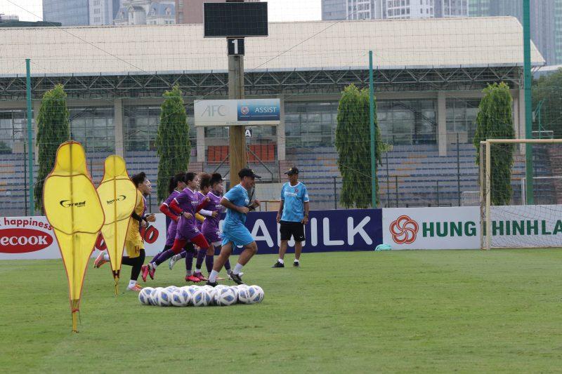 Tuyển nữ Việt Nam mong muốn sang UAE tập huấn sớm để chuẩn bị cho giấc mơ World Cup 2023 - Ảnh 3.