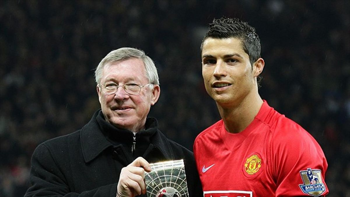 Sir Alex Ferguson như người cha của Ronaldo