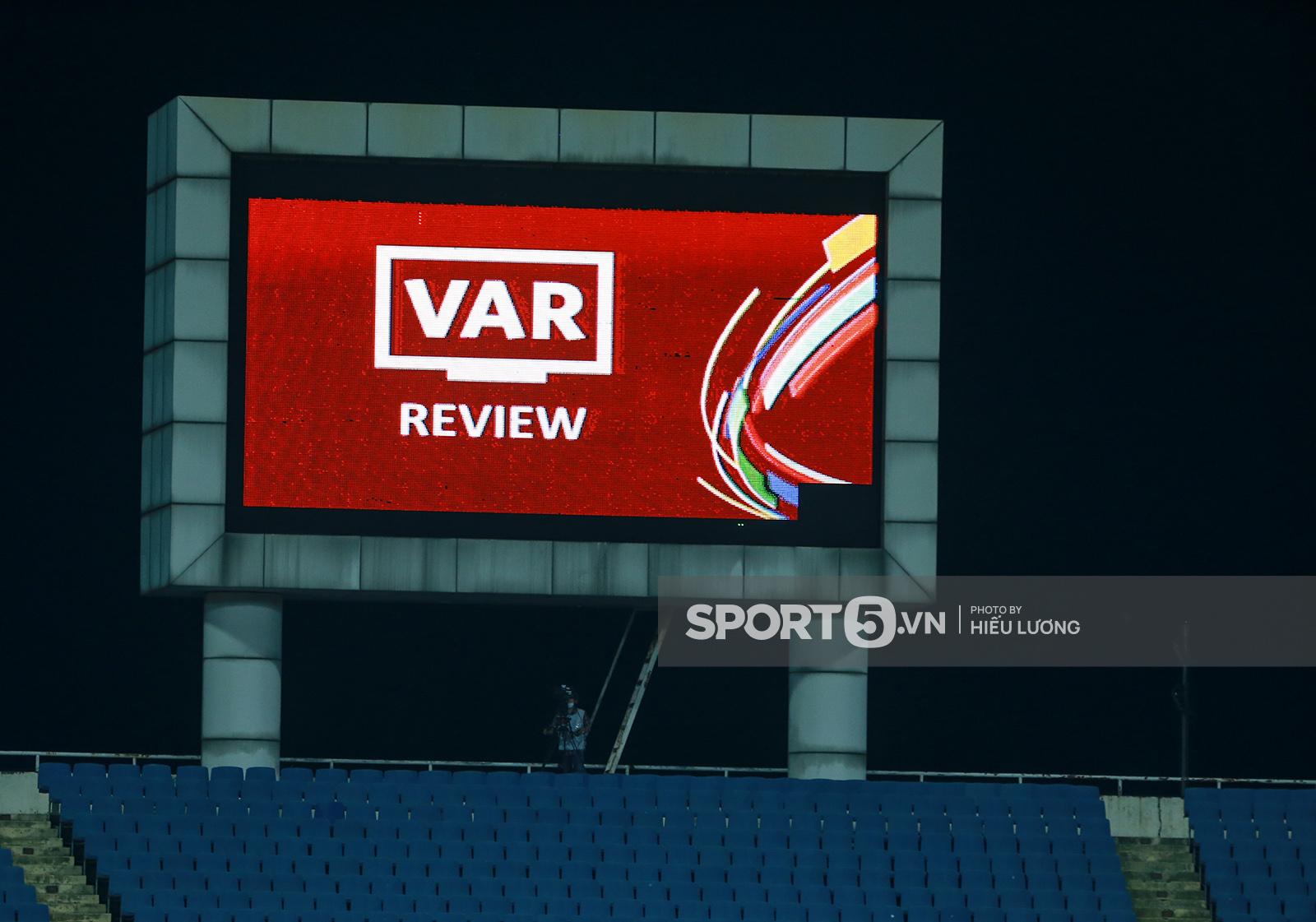 FIFA phản hồi thế nào khi tuyển Việt Nam khiếu nại về trọng tài trận gặp Australia? - Ảnh 2.