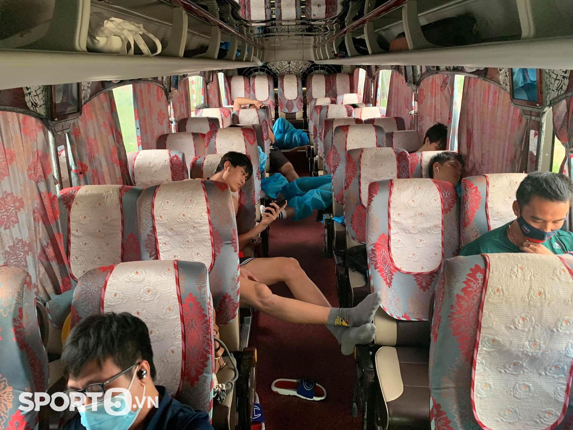 Hồi kết của VBA 2021: Gian nan và thử thách trên những chuyến xe xuyên Việt trở về nhà - Ảnh 10.