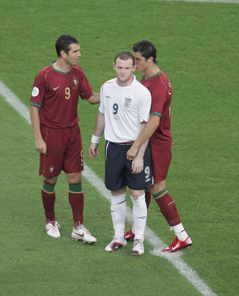 Ronaldo được coi là nguyên nhân khiến Rooney nhận thẻ đỏ tại World Cup 2006