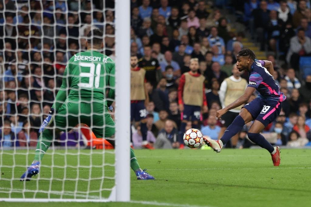 Man City 6-3 RB Leipzig: Grealish lập công trong chiến thắng với tỉ số của một set tennis tại Etihad - Ảnh 10.