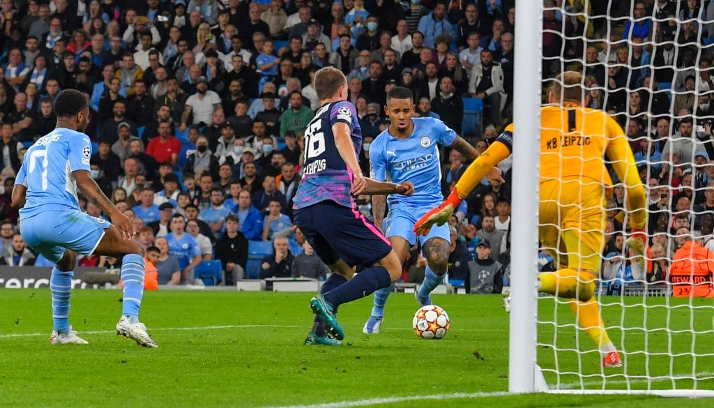 Man City 6-3 RB Leipzig: Grealish lập công trong chiến thắng với tỉ số của một set tennis tại Etihad - Ảnh 14.