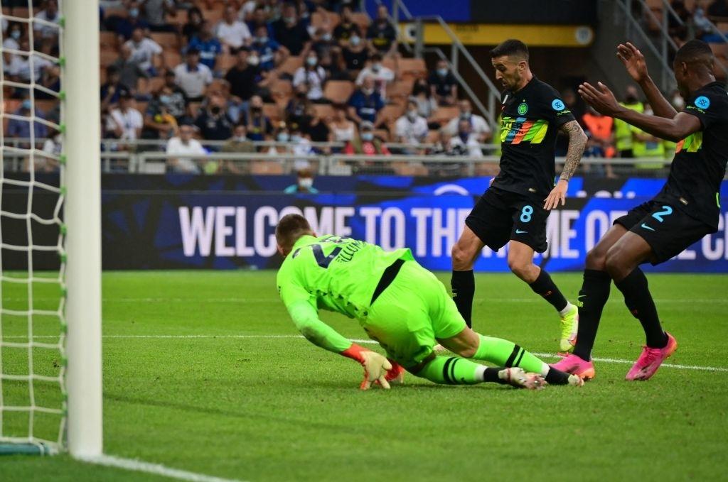 """Hậu vệ thay nhau tỏa sáng, Inter Milan """"đánh tennis"""" trên sân nhà trước Bologna - Ảnh 6."""