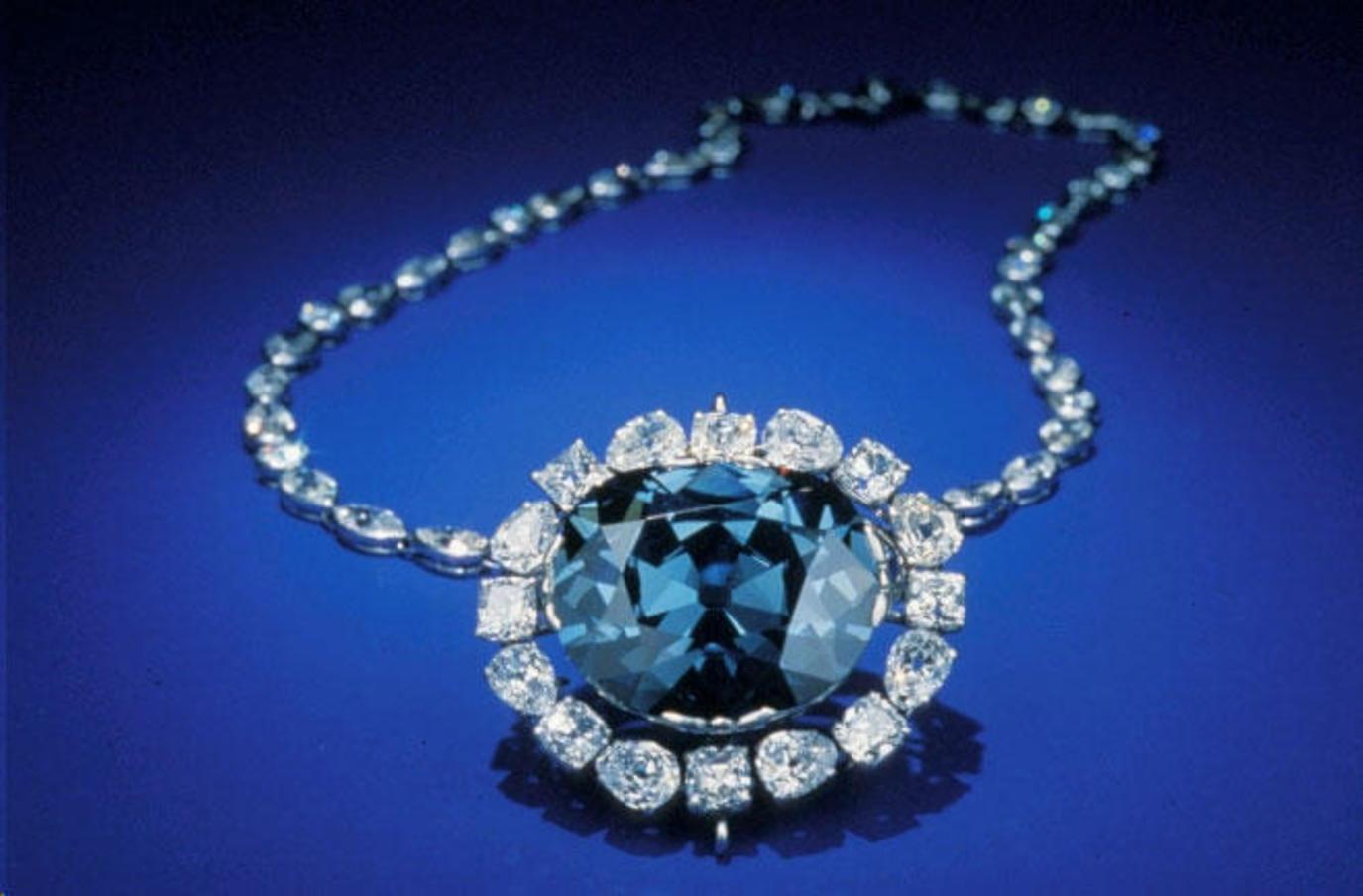 Vụ trộm kim cương khét tiếng tại Pháp: Bê cả gia tài đến tận Mỹ, đi đến đâu, gieo chết chóc đến đó! - Ảnh 4.