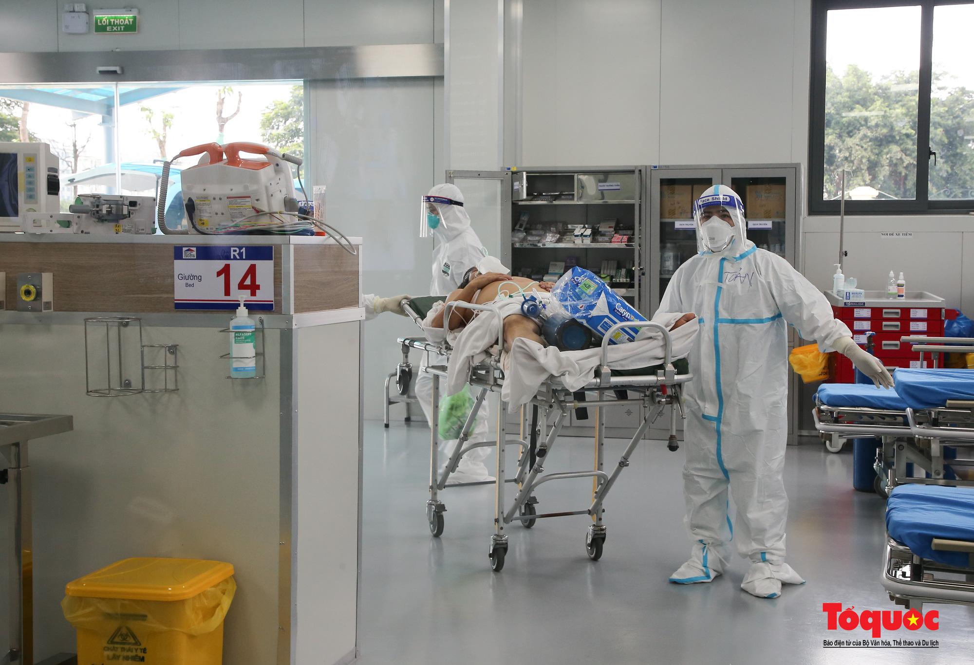 Hà Nội: Cận cảnh bên trong khu điều trị hiện đại của Bệnh viện điều trị người bệnh Covid 19  - Ảnh 3.