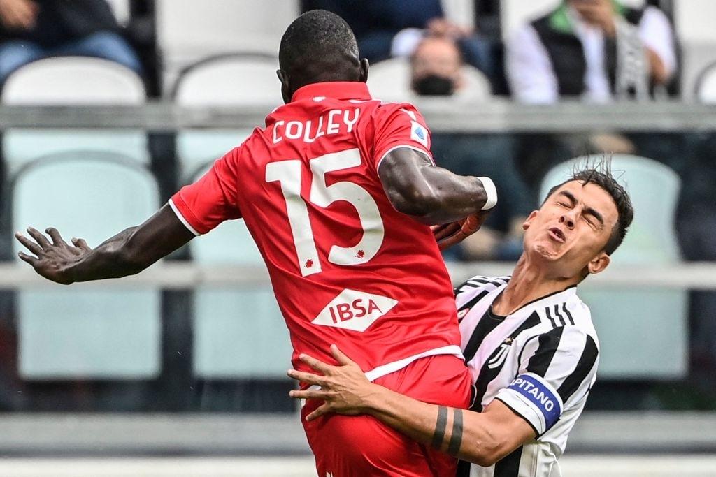 Dybala đau đớn lau nước mắt rời sân vì chấn thương - Ảnh 5.