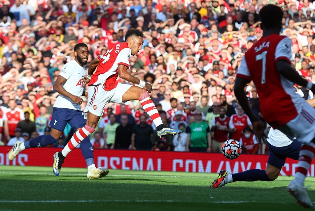 Arsenal 3-1 Tottenham: Smith-Rowe rực cháy giúp Pháo Thủ thắng lớn trận derby London - Ảnh 4.