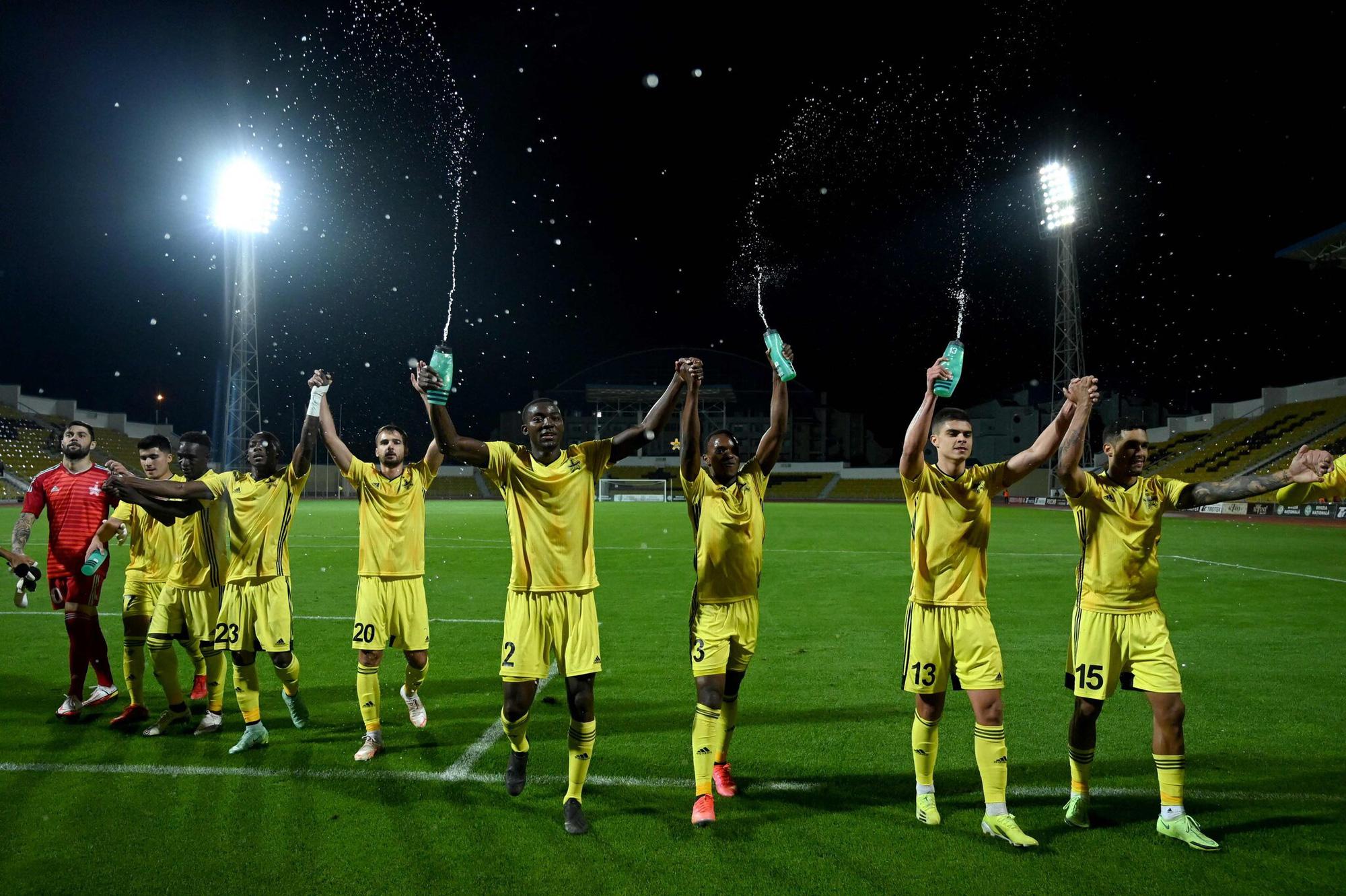 """Sheriff Tiraspol - Những gã """"cảnh sát trưởng"""" đang viết lại lịch sử Champions League là ai ? - Ảnh 2."""