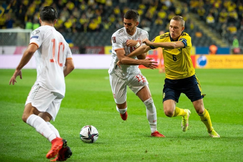 Hàng tiền vệ mắc sai lầm, Tây Ban Nha ngậm ngùi nhận thất bại 1-2 trước Thụy Điển - Ảnh 3.
