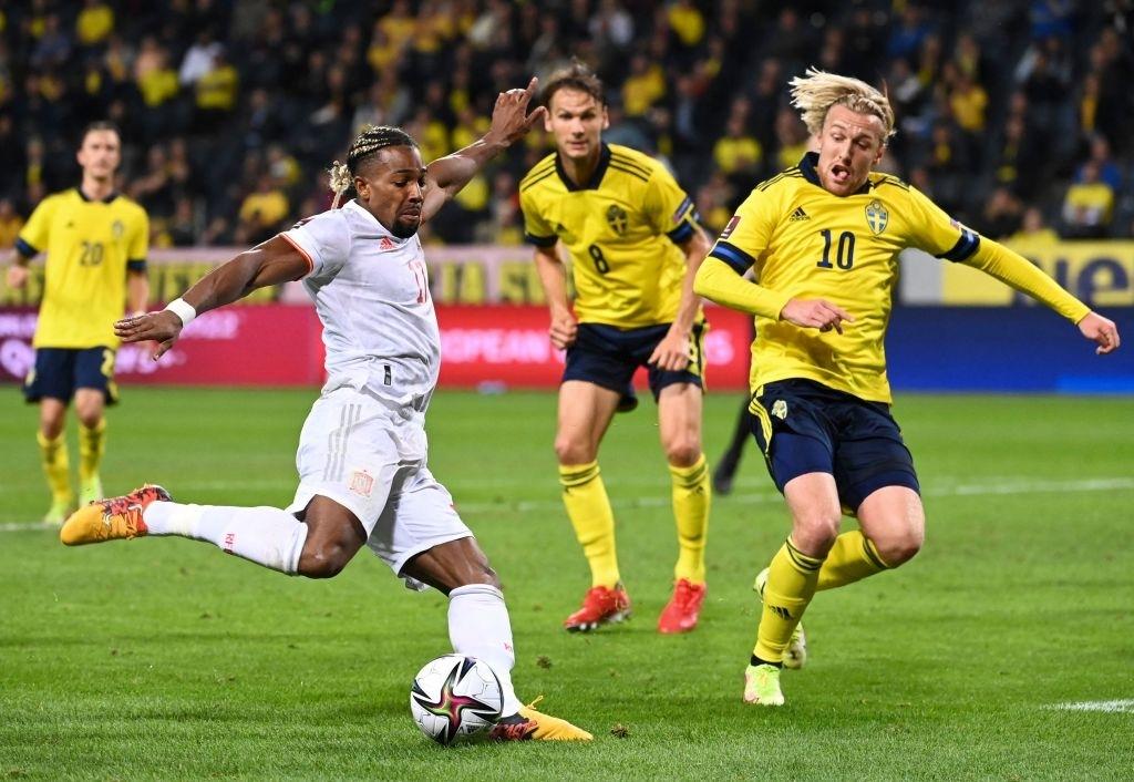 Hàng tiền vệ mắc sai lầm, Tây Ban Nha ngậm ngùi nhận thất bại 1-2 trước Thụy Điển - Ảnh 6.