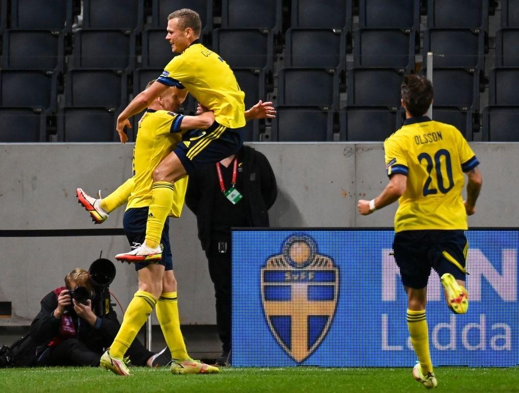 Hàng tiền vệ mắc sai lầm, Tây Ban Nha ngậm ngùi nhận thất bại 1-2 trước Thụy Điển - Ảnh 5.